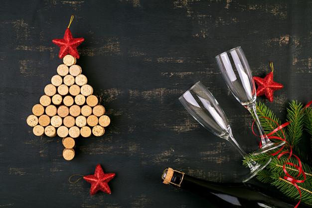 Wine cork Christmas tree: